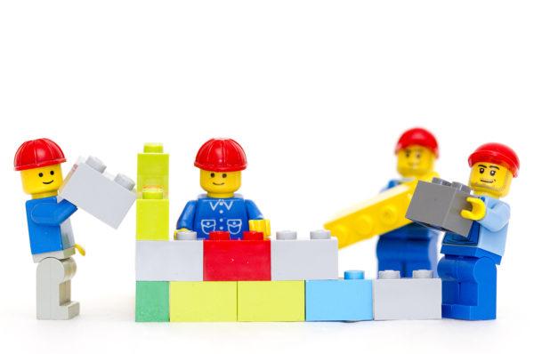 Montando LEGO