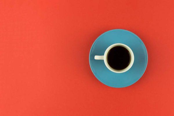 Minimalismo xícara de café