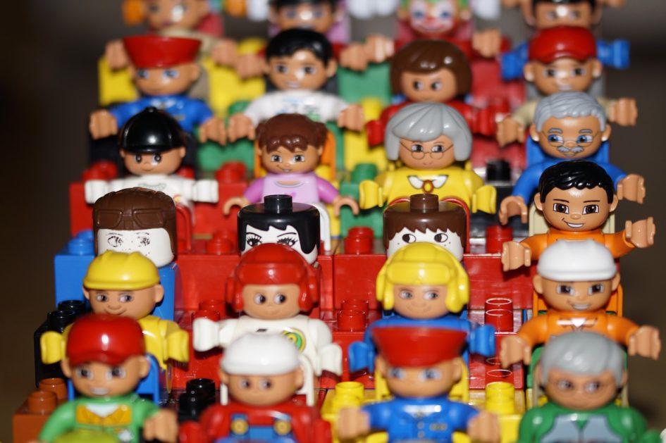 Bonecos estilo Lego
